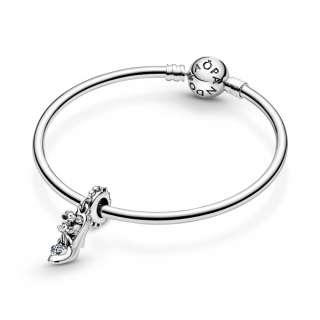 Висечки приврзок Disney, Стакленото чевличе на Пепелашка и глувци