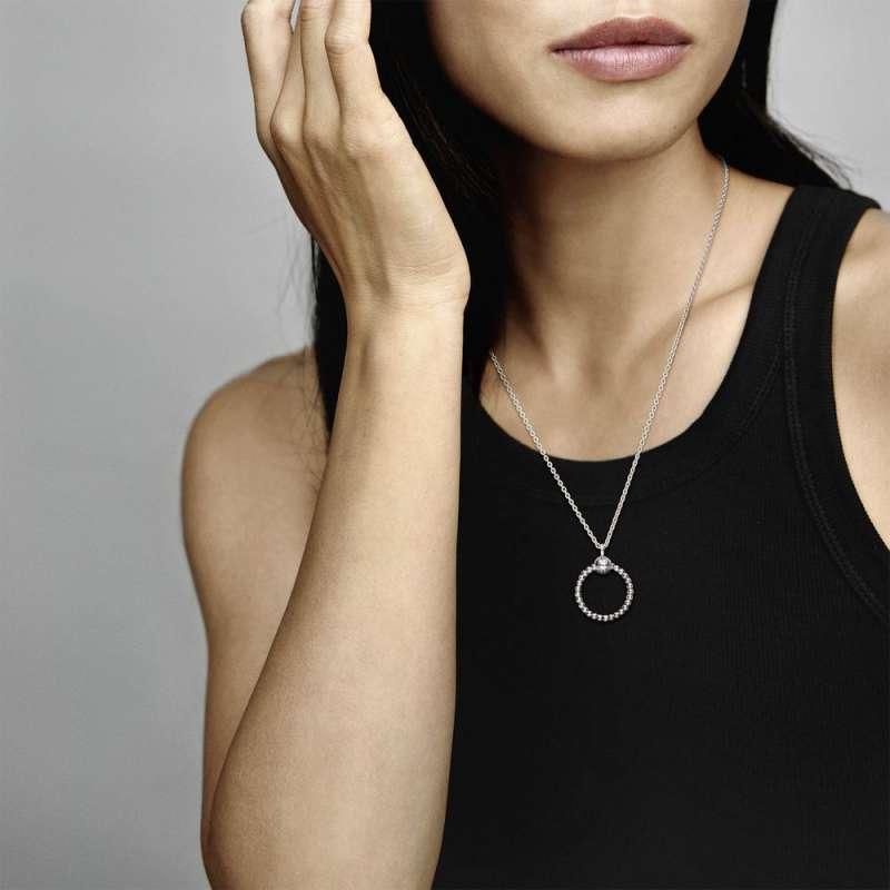 Приврзок за ѓердан Мал Pandora O со перли
