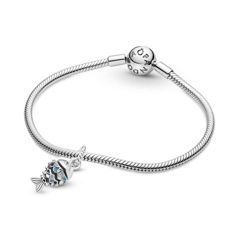 Висечки приврзок Рипка со сини крлушки